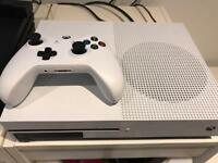 Xbox one s like new £180 ono