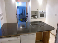 Double room in Epicentral fallowfield sharing 3 f 1m only 65 per week