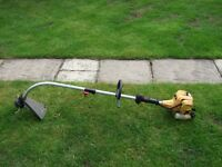 McCulloch 426L lightweight strimmer / trimmer