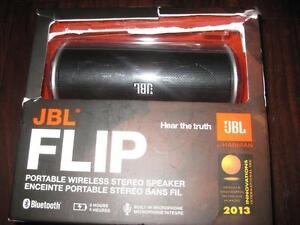 JBL Flip Bluetooth Wireless Speaker with Mic. Rechargeable. NEW