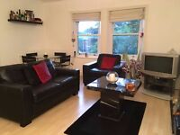 Superb 1 bed apt to rent, fully furnished with parking located at 35 Ullet Road, Aigburth