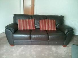 Sofa set, 3 and 2 seater