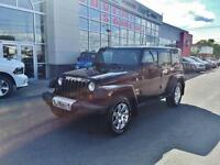 2013 Jeep Wrangler Unlimited SAHARA, PLAN D'OR