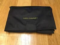 MELOBABY All-In-One Nappy Wallet and Change Mat (Black and Charcoal)