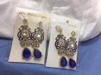 Earrings x2
