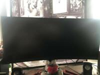 Brand new 32inch curved predator gaming monitor (need gone asap taking to much space)