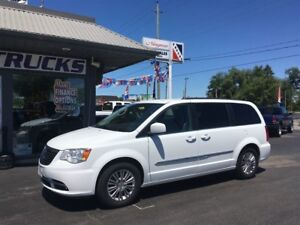 2016 Chrysler Town & Country Leather 2 DVD's Navigation Backup C