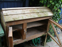 Rabbit / Guinea Pig Hutch. 4 feet, by 2 feet by 2 feet. Very good condition. Two level.