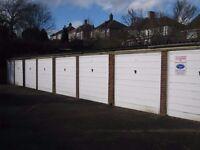 Garages to rent: Midhurst Hill, Bexleyheath - ideal for storage