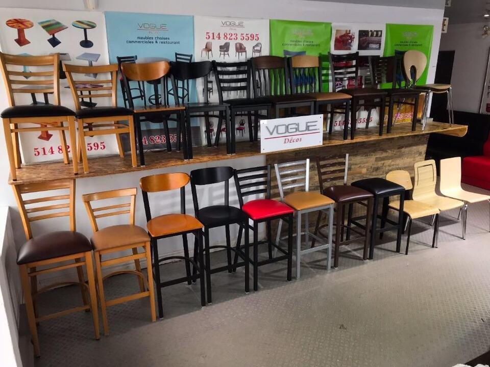 Chaises tables bases de banquettes tabouret