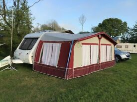 2001 Swift Challenger 490 SE 5 berth.