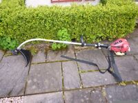 Petrol strimmer in excellent condition