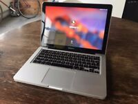 Macbook Pro 13-inch, Late 2011. 2.4 GHz Intel Core i5, 4GB Memory