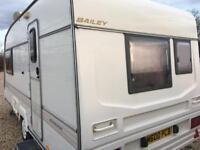 Bailey pageant caravan