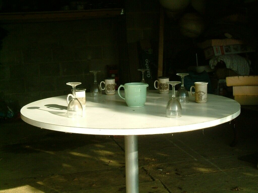 4 foot white dining table | in Rochester, Kent | Gumtree