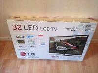 LG 32LV450U full HD 1080p TV + wall bracket + TV stand + boxed