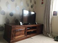 Solid wood TV Stand - get it in time for CHRISTMAS
