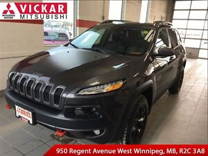 2016 Jeep Cherokee Trailhawk/Tow Package/ Cold Weather Package