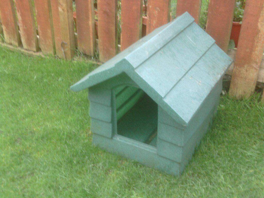 DOG KENNEL £15