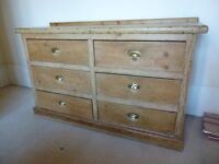 Farmhouse vintage chest of drawers
