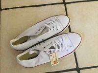 White Size 7.5 (41) Converse All Star Trainers