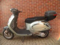 Free delivery 2011 Yiying 125cc 4 stroke scooter with long MOT good condition