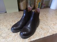 Tuffa Girls size 1 riding boots in brown