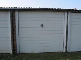 Worcester Park Garage to let £26 per week inclusive