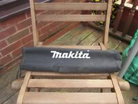 Makita Spirit Level complete with carrying case