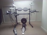 Electronic drum kit Millennium MPS 100