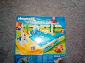Play mobil swimming pool