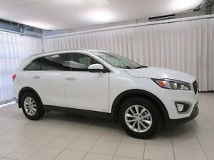 2017 Kia Sorento BEAUTIFUL!!!! AWD SUV w/ HEATED SEATS, ALLOYS A