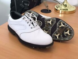 White Size 7 Footjoy golf shoes