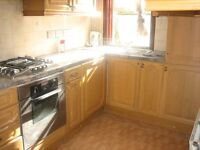 NEWLY REFURBISHED HUGE 1 DOUBLE BEDROOM FLAT NEAR ZONE 2/3 TUBE, 24 HOUR BUSES, HIGH ROAD & SHOPS