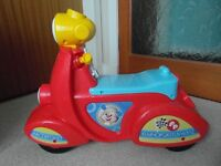 Laugh & Learn Smart Stages Scooter Developmental Baby Music Fisher-Price