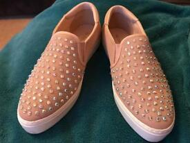 Ladies skater shoes size 4