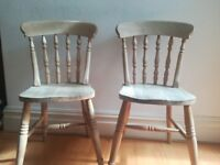 2 Pine Country Style Chairs