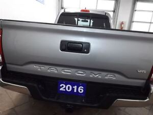 2016 Toyota Tacoma SR5 V6 4X4 ACCESS CAB Kitchener / Waterloo Kitchener Area image 4