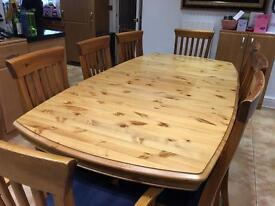 Ducall Solid Pine Dining Table with 8 Chairs