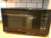 MICROWAVE - KENWOOD - ALMOST NEW