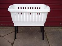 laundry basket / linen basket with fold away legs