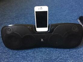 iPhone 4s with lg technology speaker complete bundle