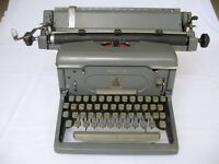 Imperial 65 typewriter with wide roller