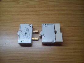 WYLEX 6A type 2 single pole breaker with adapter plates x2