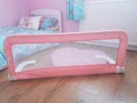 Safety 1st Portable / Folding Bed Guard - Pink