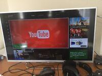 """Sony Bravia W70B LCD 32"""" TV"""