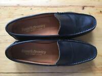 Russell & Bromley black leather shoes size 37