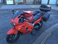 Honda VFR800fi – MASSIVE Spec, ready to tour, Ohlins, panniers, private reg *LOOK*
