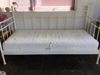 beautiful metal frame day bed