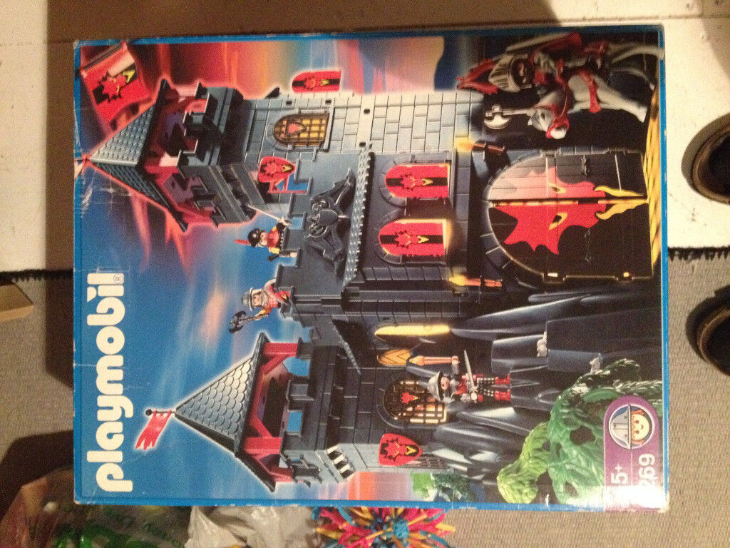 Playmobil Rock castle 3269 and lots of extras!